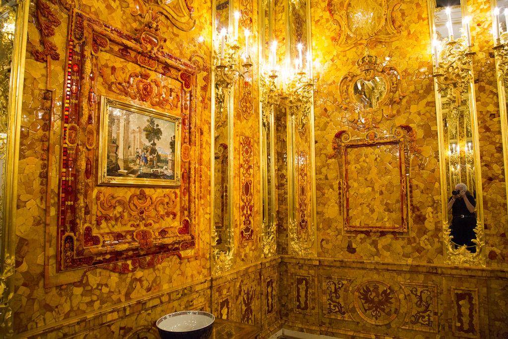 время янтарная комната санкт петербург фото периодически публикует объявления